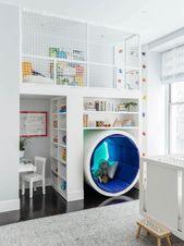 Spielzimmer mit Kletterwand und Spielboden Toys, K…