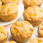 Gesunde Pfirsichkuchen Buttermilch Pfannkuchen Bites mit weißem Vollkornmehl, Backen …   – Healthy food!!! :-)