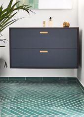 Bad-Ikea-Hack mit Fronten und Tischplatte aus der & SHUFL-Linoleum-Kollektion mit … #front…