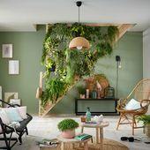 Im Wohnzimmer wird die Treppe zu einem echten Hängegarten!