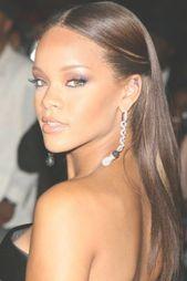 Es gibt viele schöne schwarze Frauen Frisuren zur Auswahl. Gehen Sie zu Hairstyle On Point, um die heißesten Looks zu finden!