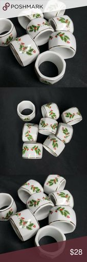 Set of 8 Ceramic Holly Christmas Napkin Holders Se…