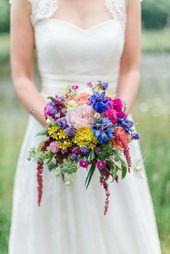 Wedding on the Estate – Flowers – #Flowers #dem #wedding #country  – Hochzeitskleid
