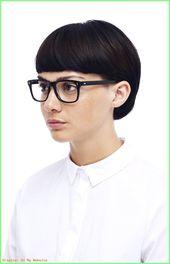 Kurzhaarfrisuren DAMEN  41 Freche Kurzhaarfrisuren für Brillenträgerinnen  #fr…