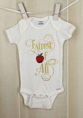 Nouveau sur OyoPOP sur Etsy: le plus beau de tous les blancs Snow White Snow Baby Shower D …   – Adelyn