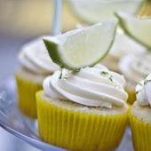 """Einige Cupcakes sind reichhaltig und herzerwärmend (perfekt für kältere Tage), und einige sind …   – Yummy but a """"no,no""""!"""