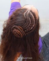 BRAIDED LITTLE BUN back view from yesterdays style with wavy cornrows that we loved! . LET ME KNOW what is your favorite braid technique? I do dutch b...