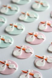 Stork Baby Shower Cupcake Toppers {How To}