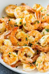 This easy garlic butter shrimp is the perfect quick dinner or appetizer, they ar…