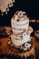 Trending-18 Delicious Wedding Cake Ideas with Doughnuts