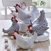 Originelle Deko-Hühner in aufwändigem Craquelé wechseln ihre Position. Bild 4 …   – Keramis… – kury