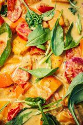 Spätsommerliches Tomaten-Kürbis-Curry mit Crunchy Kichererbsen