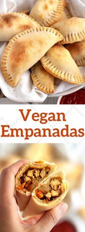 Gebackenes und gesünderes, knuspriges, veganes Empanada-Rezept, gefüllt mit Kartoffeln, Paprika, …