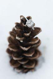 24 Ideas Of Cozy And Fancy Rustic Winter Wedding   – Hochzeits Schmuck & Accessoires