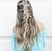 Magical on the Oktoberfest: 40 braids to fall in love with! Hairstyles Hairstyles Hairstyles Hairstyles Wedding Hairstyles Braided Hairstyles