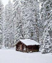 Liebst du auch den Winter? Die warmen und wolligen Teppiche, Fell, Kerzen und …   – Rustic Building