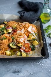 Pasta with roast vegetables: fast summer dinner