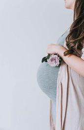 Was Sie zu einer Mutterschaftsfotografie tragen sollten