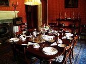 Arlington Court. Antikes neoklassizistisches Interieur.   – Dining Room