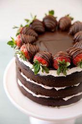 Erdbeertorte mit Schokoladenüberzug Es war zu lange her, seit ich das letzte Mal gebacken habe …   – wedding