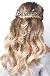: 30 Wedding Hairstyles Half Up Half Down with Curls and Braid – Graham Blog – 30 Wedding Hairstyles Half Up Half Down with Curls and Braid #hochzeitsfri …