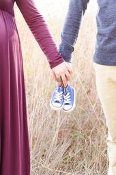 Capturing the Intimacy of Expectant Parents – Bump Photography