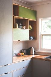 Upper cupboards as a stack of boxes – with & witho…