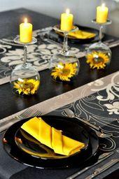 Sonnenblumen unter Weinglas – Tischdekoration in Schwarz und Gelb – Jeffy Pinx   – Tischdekoration