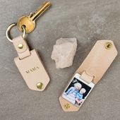 Personalized Photo Key Chain in Leather Case + Insider-Handmade Father's Day / Birthday Gift for Dad or Mum, Photo Key Fob Gift for Him