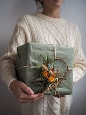 Botanical Tales dried flower wreaths and workshops