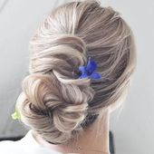 30 Beautiful Messy Bun Hairstyles Ideas 2019 - Page 6 of 30 - Hairstyles Ideas ,  #Beautiful ...
