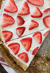 Strawberry Limeade Keto Fruit Pizza