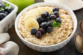 Langsamer Kocher Banana Blueberry Steel Cut Oats