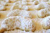 Vanillekipferl nach Omas Rezept – Rezepte Weihnachtsbäckerei