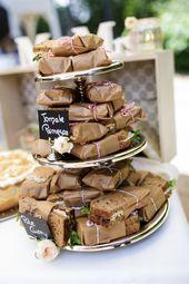 Vintage-Hochzeit auf Schloss Basthorst von freiraumfotografie – Wedding Cakes / Hochzeitstorten
