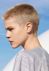 Trendy Straight Cropped Synthetic Grey Perücken