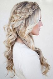 40 Homecoming Hairstyles for Long Hairstyles in 2019 Homecoming despite the fac …