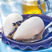 Creamy lavender-honey-ice cream