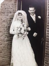Trouwfoto van mijn ouders! Ze zijn 50 jaar getrouwd!