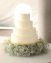 Elegant & Understated Gypsophila als Hochzeitsdeko ~ Hochzeitstorte mit vier Ebenen …   – Wedding Cakes