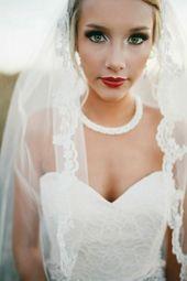 Bride red lips strapless corsage lace eyes emphasize   – Foto Inspirtion Hochzei…