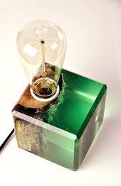 Oak in green epoxy Lamp, Warm Light, Table Lamp, Wood Lamp, Desk Lamp, Hand made Lamp, Oak, Epoxy, Resin, Edison Lamp