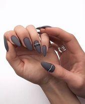 15 ideas de uñas mate, actualmente en tendencia