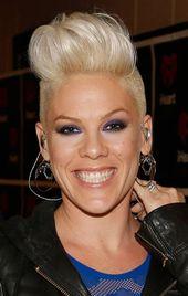 Best 25 Singer Pink Frisuren Ideen auf Pinterest Pink