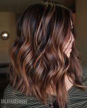 Coiffure longue balayage ombre élégante pour les femmes, dessins de coiffure longue   – frisuren
