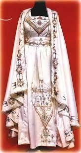 Resultat De Recherche D Images Pour صور عن التراث الجزائري Oriental Fashion Moroccan Fashion Traditional Outfits