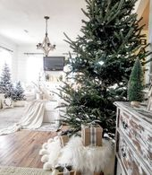 25 Awesome Rose Gold Christmas Trees Decoration Ideas on 2017