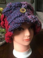ladies/girls hat, 20s vintage style (circa Peaky Blinders) hand crafted, warm