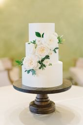 3 Tier Super Smooth All White & Floral Buttercreme Hochzeitstorte || Patrick Prope …   – Wedding cakes
