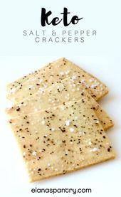 Keto Salz- und Pfeffercracker